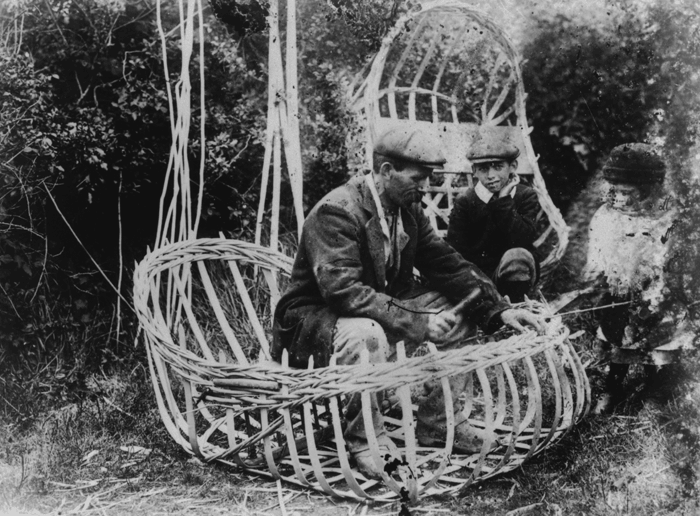 Coracle making in 1916