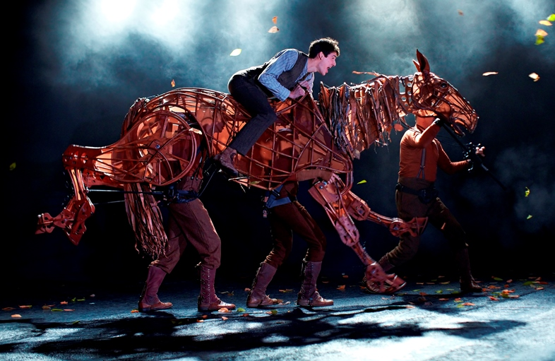 01 Photo of 2011 War Horse West End cast by Brinkhoff & Mögenburg icons
