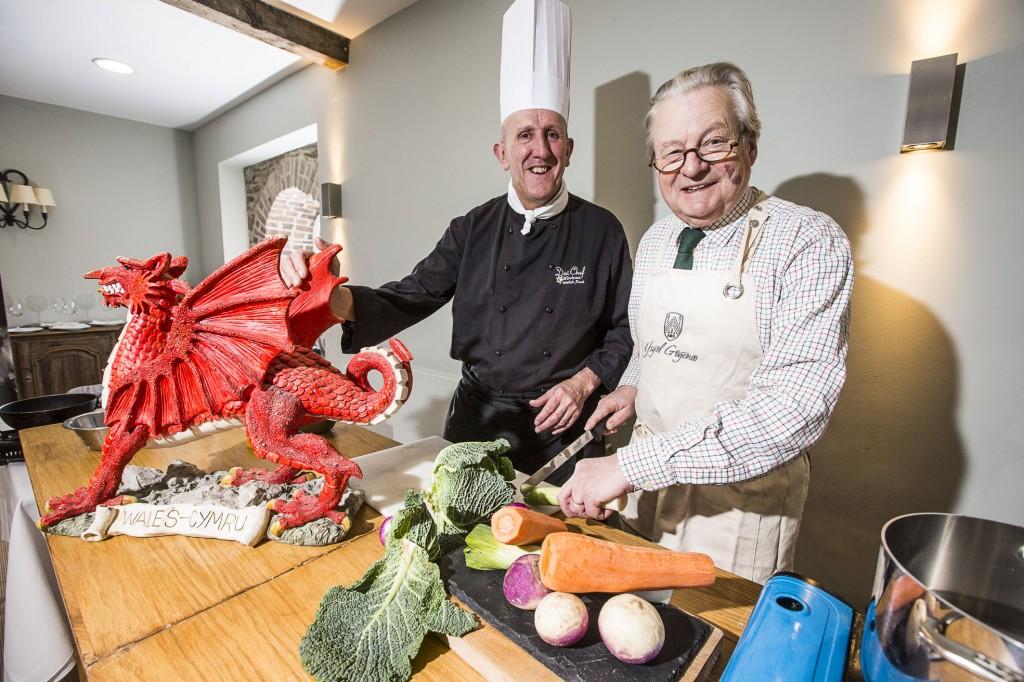 Dai Chef with Lord Dafydd Ellis-Thomas at Bodnant Welsh Food