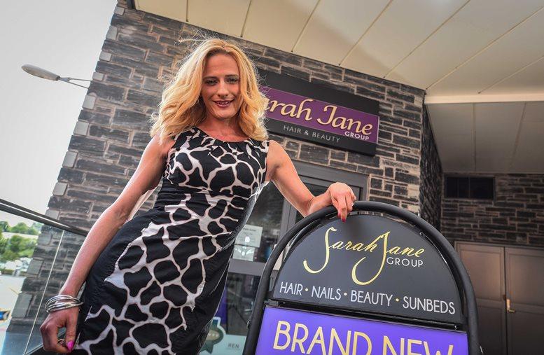 Welsh Icons News | Transgender Entrepreneur says Caitlyn ...