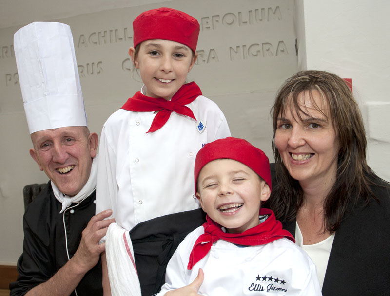 Dai Chef and Family