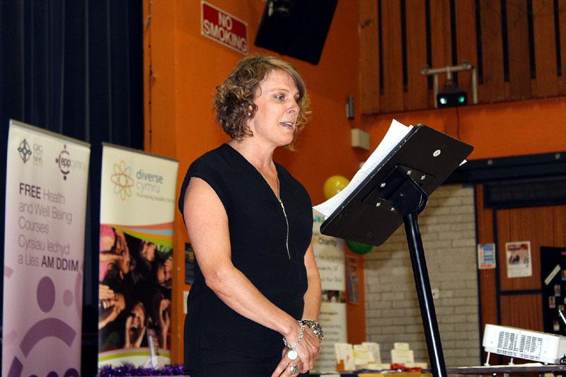 Volunteer Shelley Johnson