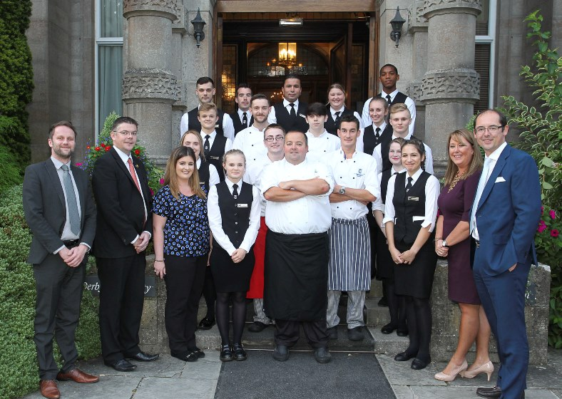 RM160916t Llangefni  Tre Ysgawen Hall Hotel and Spa Il Giardino Restaurant opening The hotel team