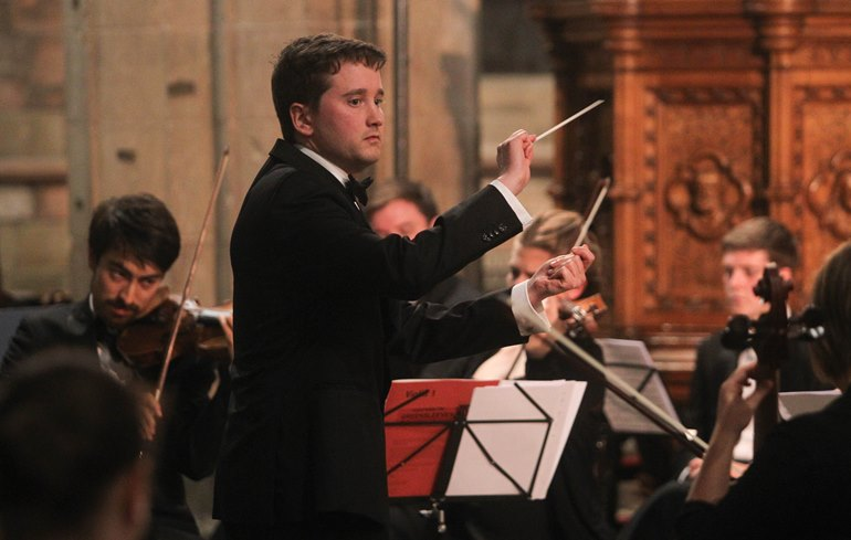 RM170916c St Asaph North Wales Music Festival St Asaph Cathedral New Sinfonia orchestra conductor Robert Guy