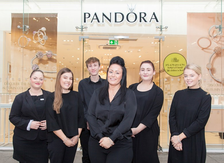 Pandora at Eagles Meadow in Wrexham are pleased to announce the appointment of new manager Cheryl Jones. Pictured: Cheryl Jones (centre) is welcomed by staff Kelly Ann Wright, Georgia Clifton, Ceirion Pullman, Haf Griffiths and Megan Pritchard